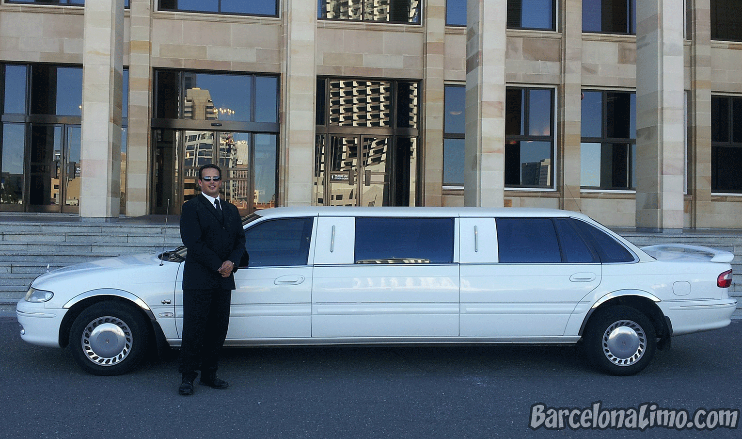 Hire Charter Limo Sitges Barcelona